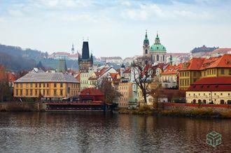 Diseña una casa en la ciudad de Praga