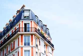 ¿Cómo se realiza el método de comparación en la valoración inmobiliaria?