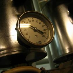 Emisiones de CO2 producidas por calefacción según el año de construcción de los edificios.
