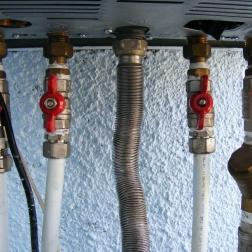 Uso de generadores térmicos para calefacción, agua caliente y refrigeración