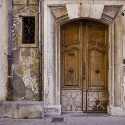 ¿Hay obligación de instalar ascensor en edificios antiguos?