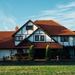 Contrato de compraventa de vivienda