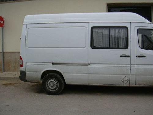 furgoneta vehículo base