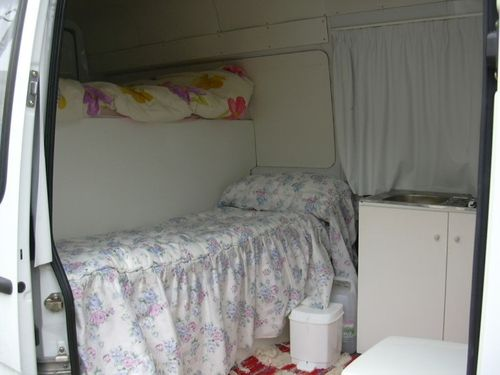 interior furgoneta camperizada