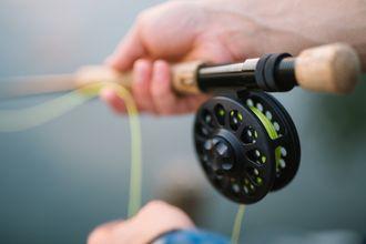 ¿Se puede sacar la licencia de pesca por internet?