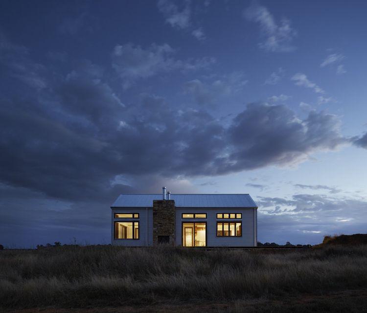 luz en casa rural de campo