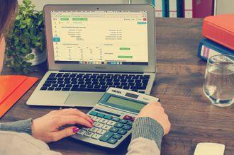 ¿Cuánto cobra un tasador de viviendas cada vez que realiza una tasación?