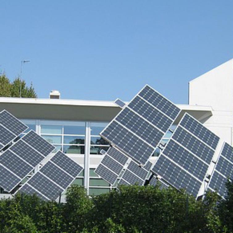 paneles solares certicalia