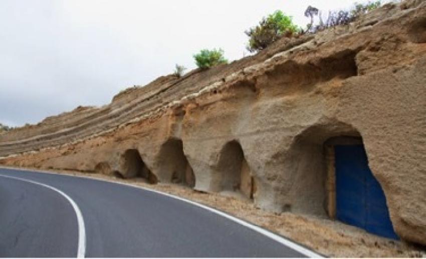 cuevas material volcanico tenerife