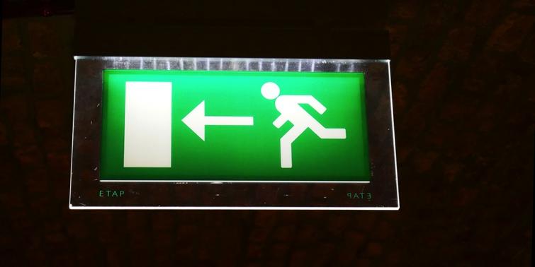 Normativa de alumbrado de emergencia - Precio luces de emergencia ...