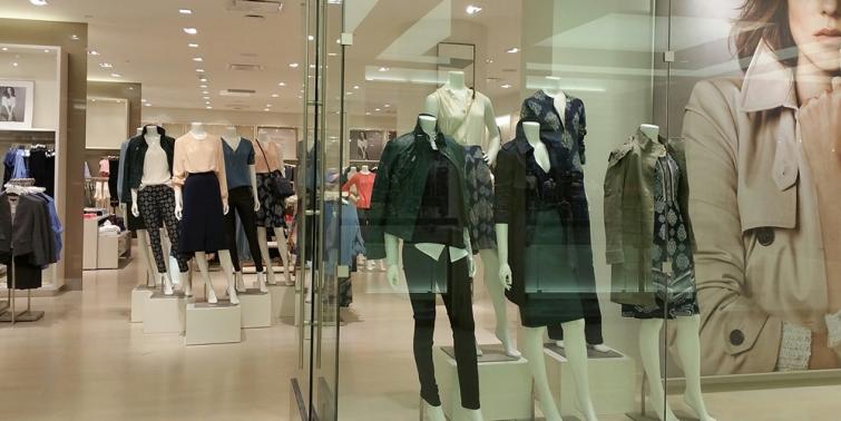 3ece3a6a14bba Cómo abrir una tienda de ropa