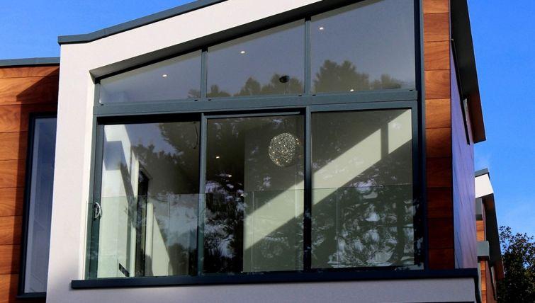 Cerrar una terraza de forma barata fabulous balcn con - Ideas para cerrar una terraza ...