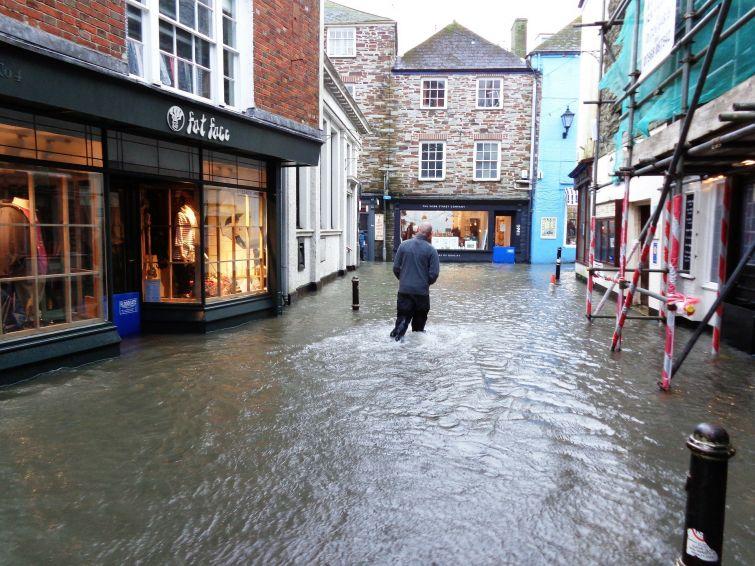 Qué hacer en una inundación de una casa