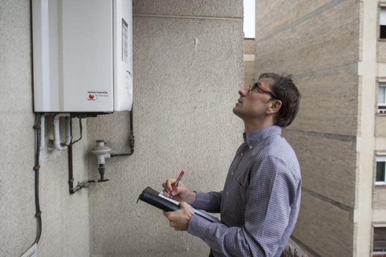 Termo el ctrico o gas for Instalacion calentador gas